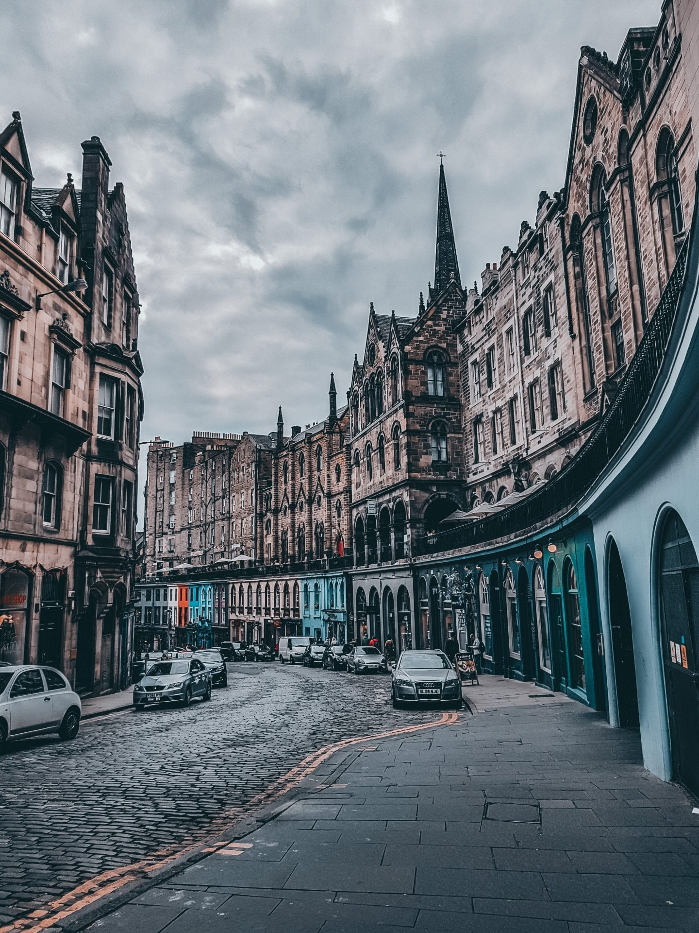 victoaria street in edinburgh