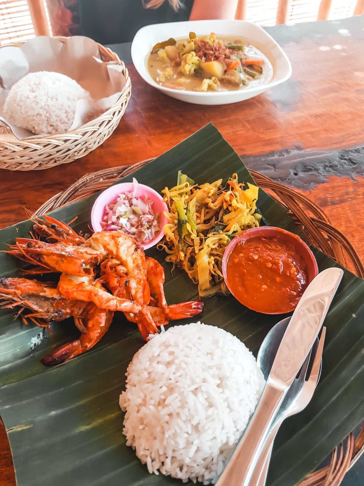 indonesian food on banana leaf