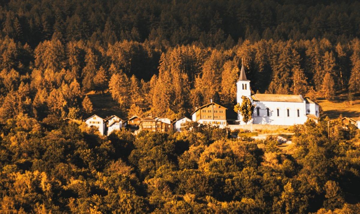 Village of Eischoll in autumn